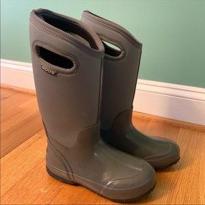 Bog classic high handle rain boot, size 6, grey